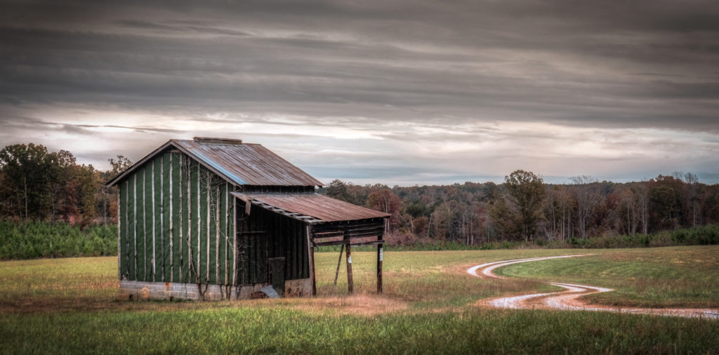 green-barn-on-midway-road